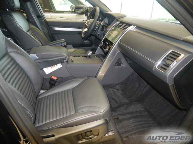 Land Rover Discovery R-Dynamic SE D250