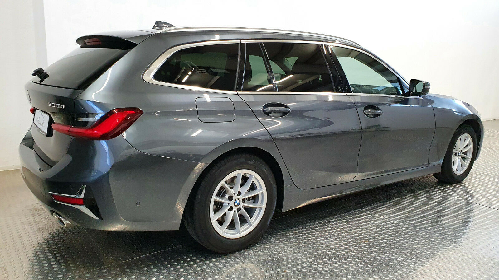 BMW 320d G21 Luxury
