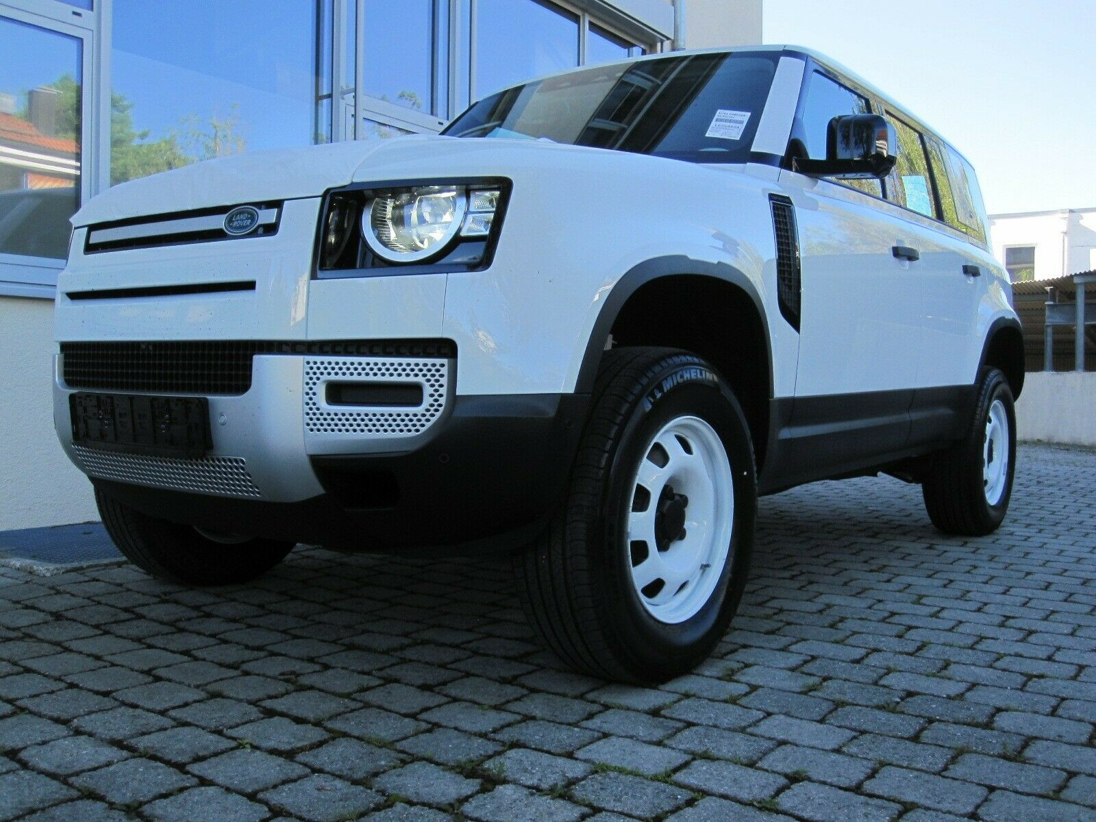 Land Rover DEFENDER 110 SD4 D200 SURROUND/WADE/DAB360°